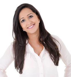 karen-gangotra-dentist-in-surrey